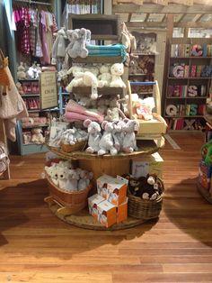 Gift Shop Inspiration On Pinterest Shops Display