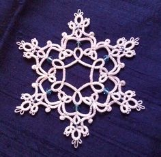 Ambitatterous: Regal Snowflake designed by La Cossette