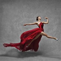 NYC Dance Project - Fabulous dance photography to share today from Photographers: Deborah Ory and Ken Browar, simply stunning. * NYC DANCE PROJECT * NYC Dance Project was crea Ballet Art, City Ballet, Ballet Dancers, International Dance, Dance Project, Dancing Day, Poses References, Dance Movement, Dance Poses