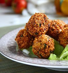 I'm obsessed with falafels. Seriously. I'm obsessed with food in general but falafels have always been my favourite ...