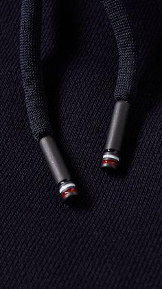 Zippertravel. #DrStyle PREMIUM TIP MONCLER