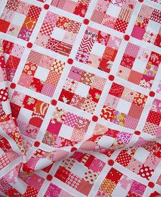 A Strawberry nine patch quilt | Red Pepper Quilts