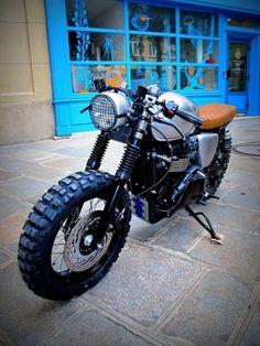 Triumph Brat Track Scrambler #motorcycles #motos | caferacerpasion.com