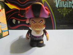 """Villains Series 3 Judge Frollo from Hunchback of Notre Dame Disney Vinylmation 3"""" inch Figure"""