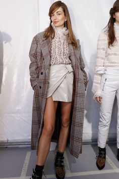 Isabel Marant Fall 2016 Ready-to-Wear Fashion Show Beauty