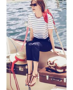 Wardrobe Detectives & Raquette Resort'16 striped jacket, summer style, vacation style, resort, cruise collection, nautical style, fashion editorial yacht, striped top, Venetian style, cruise, travel style