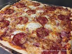 pizza chorizo, recettes pizza au chorizo, recettes de pizzas maison, faire sa pâte à pizza maison, pate à pizza Pizza Hut, Caesar Pasta Salads, Pizza Rolls, I Want To Eat, Hawaiian Pizza, Fajitas, Creative Food, Flan, Pepperoni