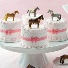 mini mothers day cake | Horse and Flowers Mini Cakes