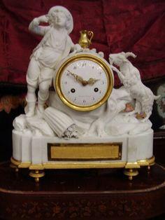 Sobrmesa en biscuit/bronces  frances,manufactura de Sevres,Luis XVI de epoca hacia 1780,sonerias.