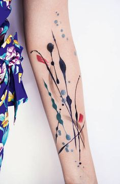 También quedan lindos los tatuajes inspirados en la técnica de Jackson Pollock: | 33 Bellos tatuajes inspirados en artistas famosos