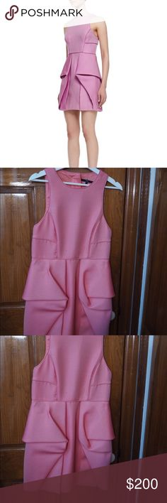 🌟Sale🌟 Tibi structured cocktail dress Gently used (worn once), peachy pink structured cocktail dress by Tibi, semi backless, perfect for day weddings, metal fasteners at the back near the neck Tibi Dresses Mini
