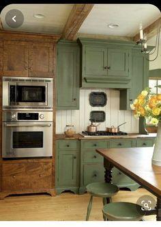 Fabulous Farmhouse Kitchen Cabinets Makeover Ideas - Page 54 of 76 Refacing Kitchen Cabinets, Kitchen Cabinet Design, Kitchen Layout, Kitchen Cupboards, Kitchen Island, Farmhouse Style Kitchen, Rustic Kitchen, Diy Kitchen, Rustic Farmhouse
