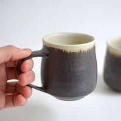 マグカップ(黒×白)Mug Cup (Black-White) / Awabi ware - nem