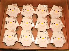 3179ba62697a Hello Kitty Bridal Shower Cupcakes When I Get Married
