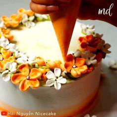 Cake Decorating Frosting, Cake Decorating Designs, Creative Cake Decorating, Cake Decorating Techniques, Cake Decorating Tutorials, Creative Cakes, Cake Designs, Cookie Decorating, Cupcake Cakes