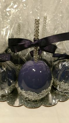 Wedding favors. Blueberry hard Candy Apples.