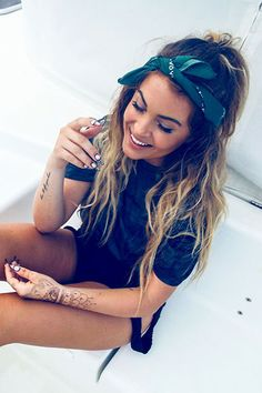 23 summer hairstyles for long hair 23 Sommerfrisuren für langes Haar, # Bandana Hairstyles For Long Hair, Braids For Long Hair, Down Hairstyles, Summer Hairstyles, Cute Hairstyles, Braided Hairstyles, Hairstyles 2018, Boho Hairstyles Medium, 1920s Hairstyles