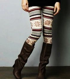 Womens Snowflake Christmas Leggings - Tribal Aztec Print Snowflake Christmas Leggings