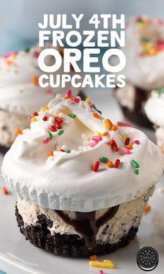 "Ice Cream ""Cupcakes"" OREO Ice Cream ""Cupcakes"" - The perfect summertime snack!OREO Ice Cream ""Cupcakes"" - The perfect summertime snack! Ice Cream Cupcakes, Oreo Ice Cream, Ice Cream Desserts, Frozen Desserts, Ice Cream Recipes, Just Desserts, Frozen Treats, Oreo Cupcakes, Frozen Cookies"