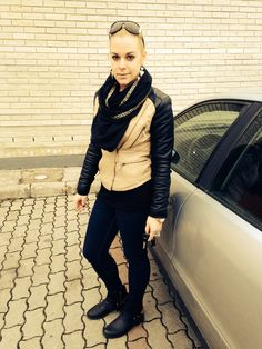 #audi #outfit #fashion #blogger Audi, Bomber Jacket, Jackets, Outfits, Fashion, Down Jackets, Clothes, Moda, Suits