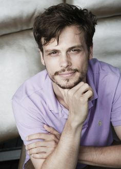 I love Criminal Minds ... mainly so i can look at this face