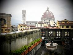 Florencia, cuna del Renacimiento: Duomo view from the Uffizi cafe - Florence - Italy
