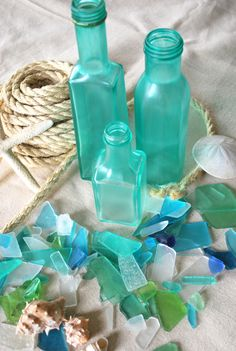 """How to give glass a """"sea-glass"""" look- claims to be better than the plain Elmer's glue method"""