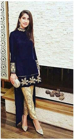 Pakistani Dress Design, Pakistani Outfits, Indian Outfits, Velvet Pakistani Dress, Indian Fashion Dresses, Indian Designer Outfits, Designer Dresses, Fashion Outfits, Velvet Dress Designs