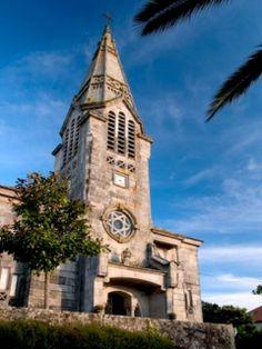 Iglesia Sabaris. Baiona. (Pontevedra). Galicia. Spain. San Francisco Ferry, Notre Dame, Building, Travel, Cool Things, Monuments, Destinations, Drive Way, Santiago