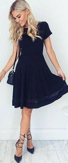 #fall #executive #peonies #outfits | Business Black Midi Dress