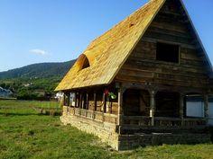 Farmhouse, Exterior, Cabin, House Styles, Places, Home Decor, Romania, Dreams, Log Home