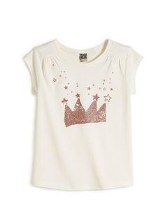 Fille - tee shirt Girl - tee shirt LE TEE-SHIRT RIGOLO : Le tee-shirt des vraies princesses à collectionner dans les différentes couleurs ! LE TEE-SHIRT RIGOLO, col rond, mancherons, plis fantaisies sous épaules, print paillettes.