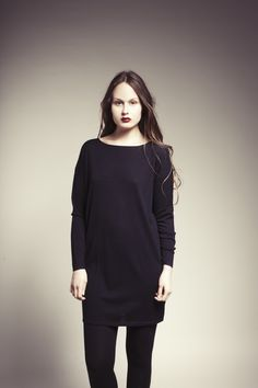 MASKA Jennie fine knit sweater dress | 100% extra fine wool | Knitted in Nepal | www.maska.se