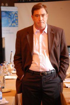 Στο σεμινάριο του Ιδρύματος Friedrich Naumann Suit Jacket, Suits, Photos, Jackets, Fashion, Down Jackets, Moda, Pictures, Fashion Styles