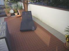 silbergraue terrasse mit bergo terrassenboden und. Black Bedroom Furniture Sets. Home Design Ideas