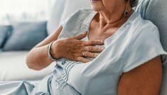 <strong>KJØNNSFORSKJELLER:</strong> Det er ikke bare forskjell på når i livet menn og kvinner ofte blir rammet av et hjerteinfarkt, men symptomene kan også være forskjellige. Illustrasjonsfoto: Shutterstock / NTB Scanpix Gerd Symptoms, Heartburn Symptoms, Reflux Symptoms, Heartburn Relief, Heartburn Medicine, Extreme Tiredness