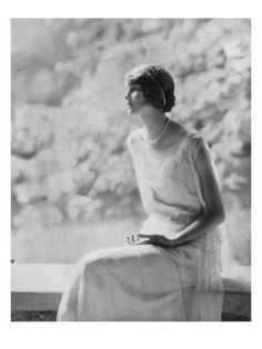 Vogue - November 1924 Poster Print  by Edward Steichen at the Condé Nast Collection