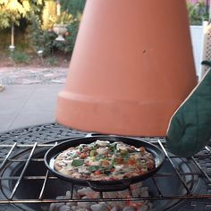 Terra-Cotta Pizza Oven // #pizza #pizzaoven #grilled #diy #hacks #food #Nifty