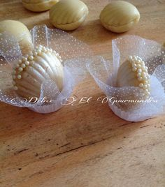 "Kofta shell ""with almond paste"" Diabetic Desserts, Cookie Desserts, French Macaroon Recipes, Tunisian Food, Algerian Recipes, Bread Art, Kolaci I Torte, Tea Cookies, Food Garnishes"