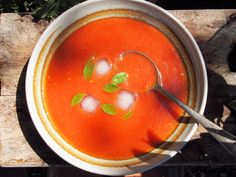 Diet Fast Days & Feast Days and Roast Tomato & Garlic Soup Recipe Calories) Soup Recipes, Diet Recipes, Vegetarian Recipes, Cooking Recipes, Healthy Recipes, Curry Recipes, Cooking Ideas, Delicious Recipes, Healthy Foods