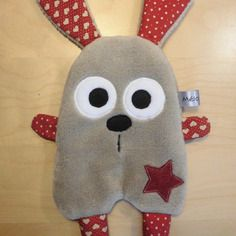 Doudou plat lapin marron clair rouge