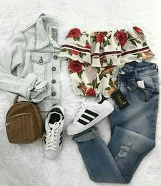 Teen Fashion Design – Keeping Up With the Latest Trends Teen Girl Outfits, Teen Fashion Outfits, Outfits For Teens, Fashion Bags, Fashion Fashion, Trendy Teen Fashion, New Fashion Trends, Womens Fashion, Cute Summer Outfits
