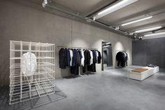 ETQ flagship store by studiojosvandijk, Amsterdam – Netherlands » Retail Design Blog