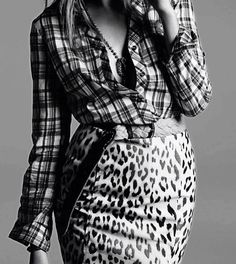 Glamour Italia - Grunge, Leopard and plaid Glamour, Tartan, Plaid And Leopard, Leopard Skirt, Donia, Vogue, Lookbook, Fall Fashion Trends, Fashion Ideas