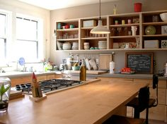 Great open style kitchen. Looks a little like my chemistry classroom but in a good way.