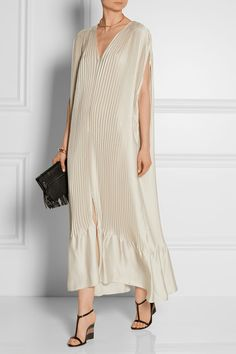 loose // flowing // Tome plisse-satin dress // Burberry raffia heels // Proenza Schouler fringed clutch