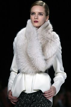 Looking at fall 2012 runway pics makes me so excited for fall fashion! Caroline Herrera fall 2012. ~