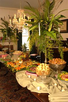 Wedding Buffet Table Pictures | Buffet table floral decorations