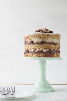 Momofuku Inspired Chocolate Stout, Pretzel, and Marshmallow Cake - The Cake Merchant Momofuku Cake, Momofuku Milk Bar, Momofuku Recipes, Cake Merchant, Cupcake Cakes, Cupcakes, Mini Cakes, Fancy Cakes, Marshmallow Cake