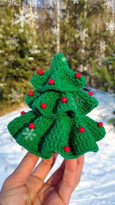 Crochet Christmas Tree Pattern, Amigurumi Christmas Decor, Xmas Tree tutorial